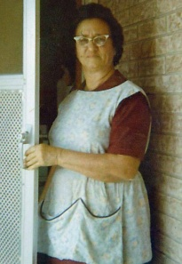 mammy_in_apron (2)