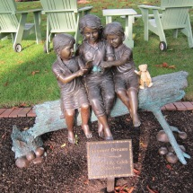Cornelius finds some friends in Kennebunkport