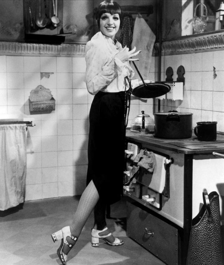 Lizas Kitchen: Cool Vintage Photos Of Celebrities In The Kitchen