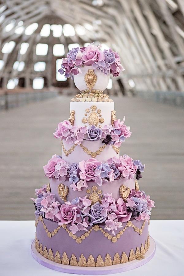 via Elizabeth's Cake Emporium