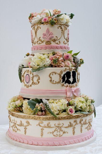via Cake Coquette